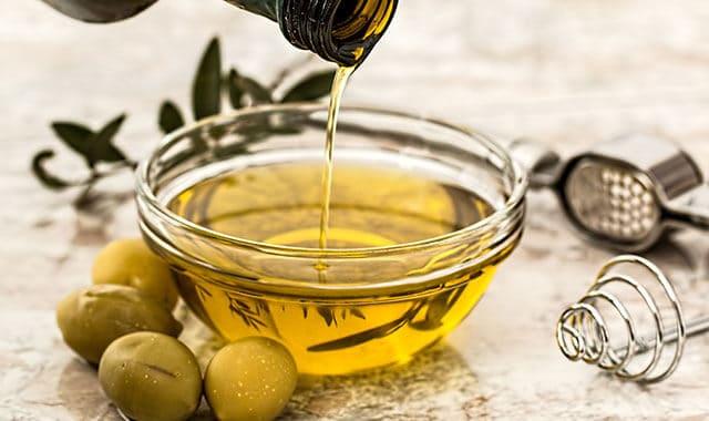 Olio d'oliva spremuto a freddo